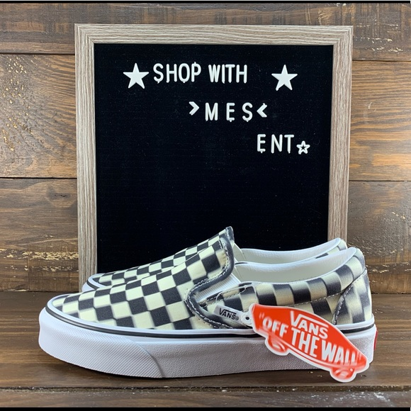 vans slip on blur checkerboard